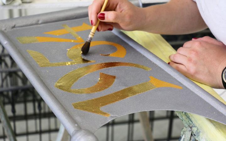 Vergolderarbeiten mit Blattgold