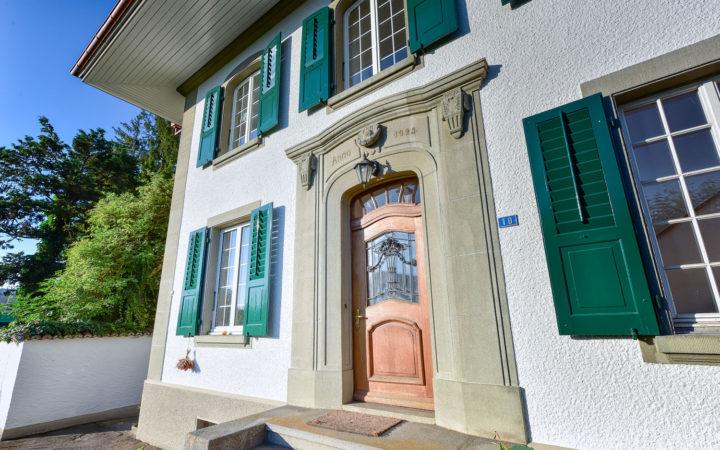 Altes Pfarrhaus, Schüpfen (Äussere Malerarbeiten)